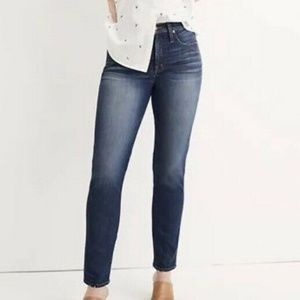 Madewell  28 Slim Straight Jeans in William G7205